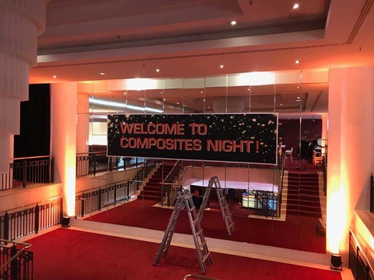 Spiegelbeklebung im Theater Foyer bei Stage Entertainment