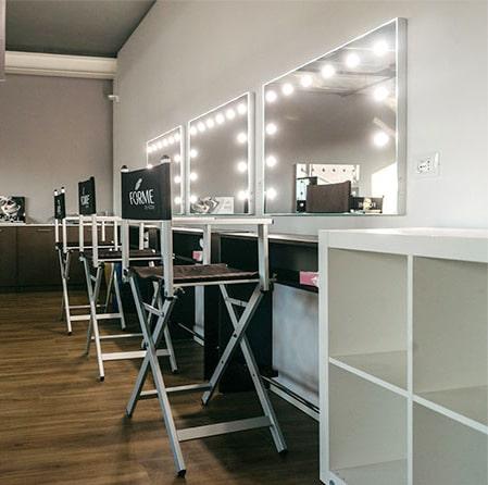 Make-Up schule mit Cantoni Spiegeln